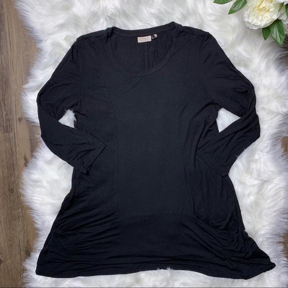 LOGO by Lori Goldstein Dresses & Skirts - ❤️SOLD❤️ LOGO by Lori Goldstein Black Tunic Top •